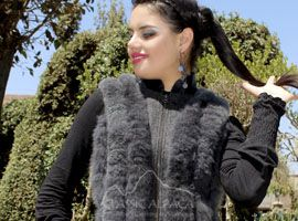 Elegant Alpaca Vest - Fur & Leather